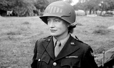 Lee Miller, en el frente, 1944.