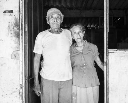 Don Ángel y su esposa, en Nuevo Torno Largo, Paraíso. ©2013 Francisco Cubas